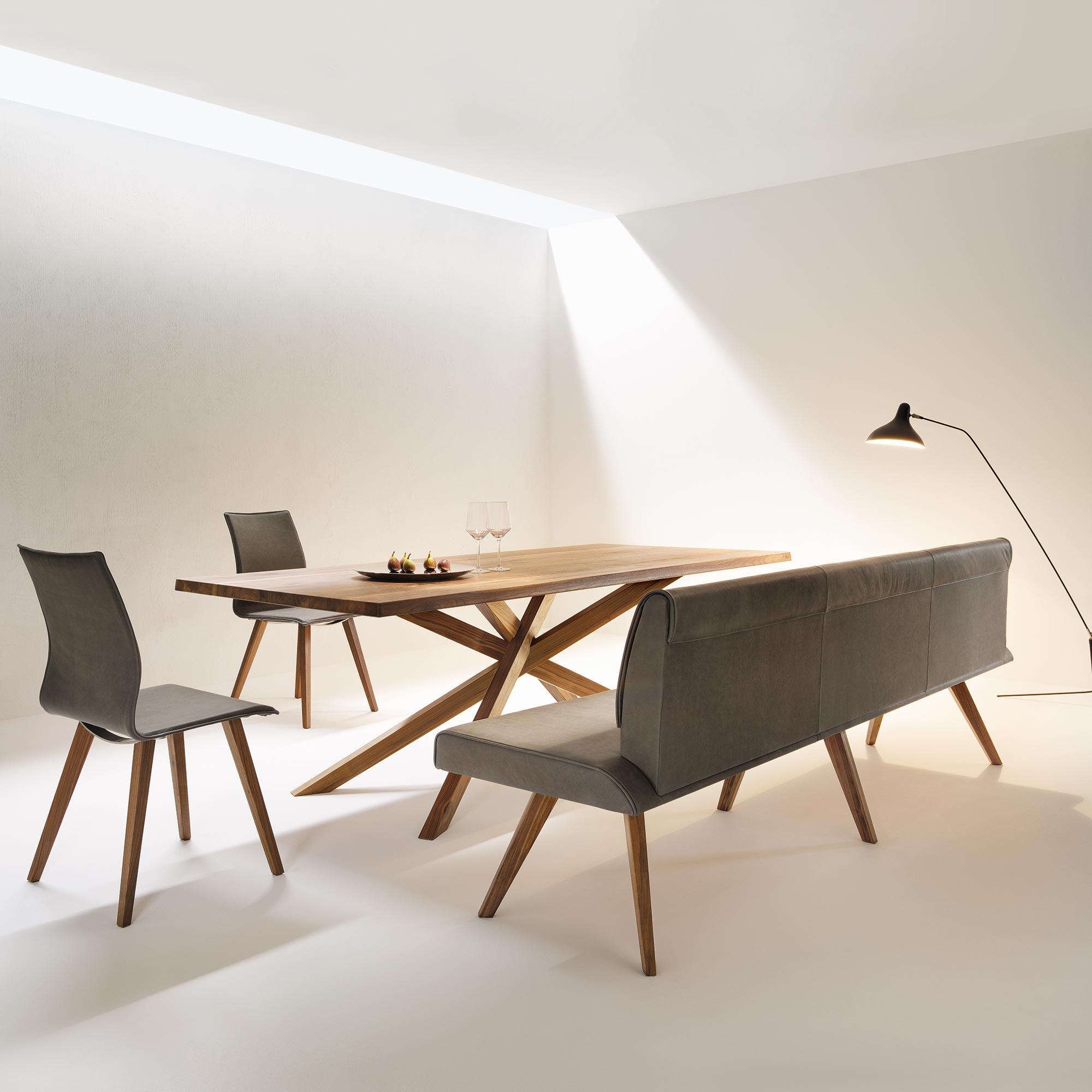 stuhl esstisch free stuhl kelkheim eiche rustikal esstisch stolberg holzart eiche massiv with. Black Bedroom Furniture Sets. Home Design Ideas