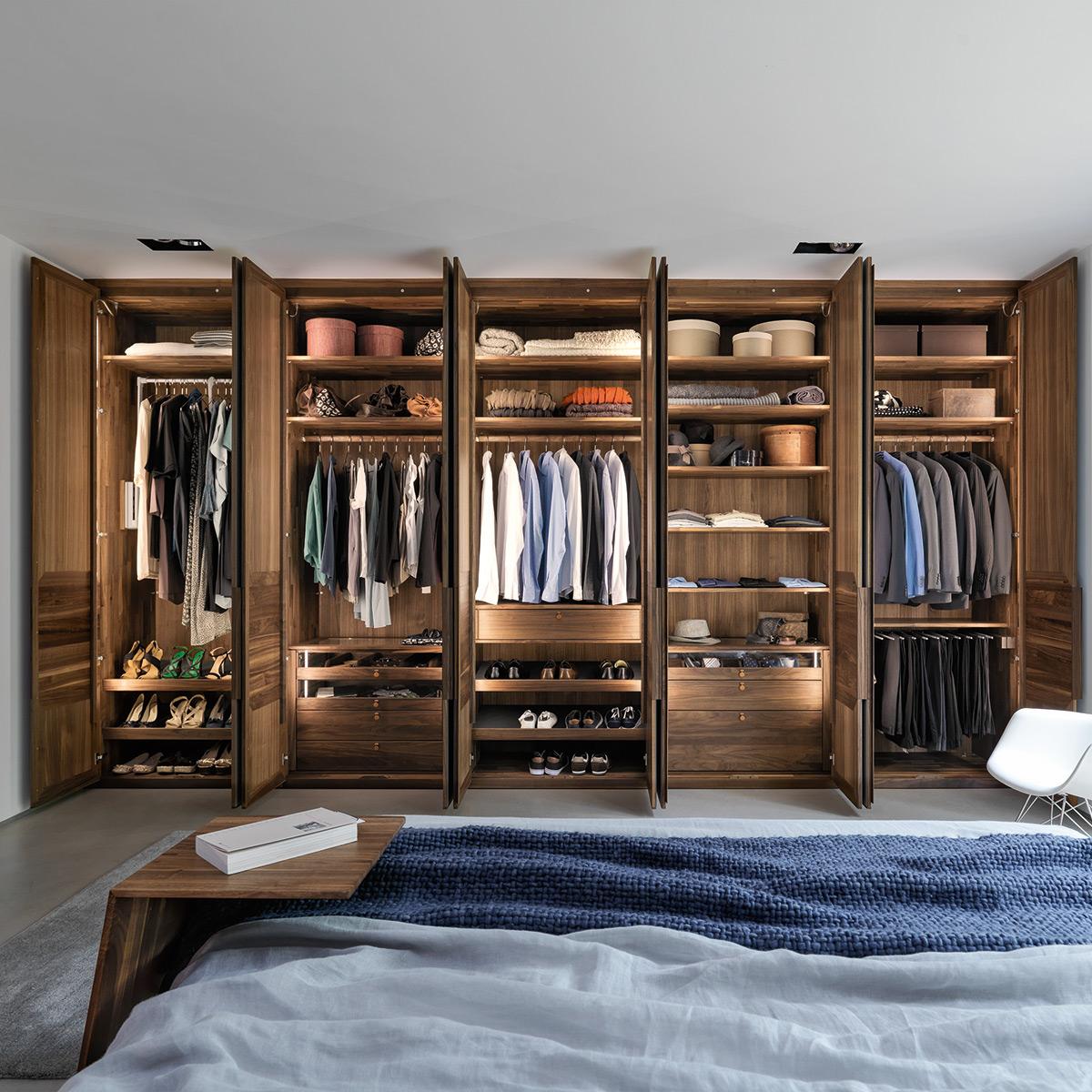 team7 relief dreht renschrank m bel b r ag. Black Bedroom Furniture Sets. Home Design Ideas