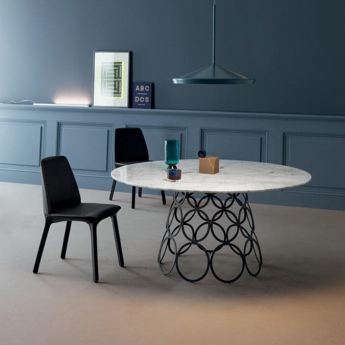 Runder Hulahoop Marmor Tisch von Bonaldo