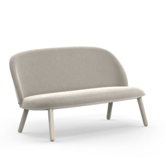 04_sofa_normanncopenhagen_603101_Ace_Sofa_Velour_Beige_1