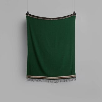 04_wohnen_decke_roros_aKLE-THROW-DARK-GREEN-4054-FRONT